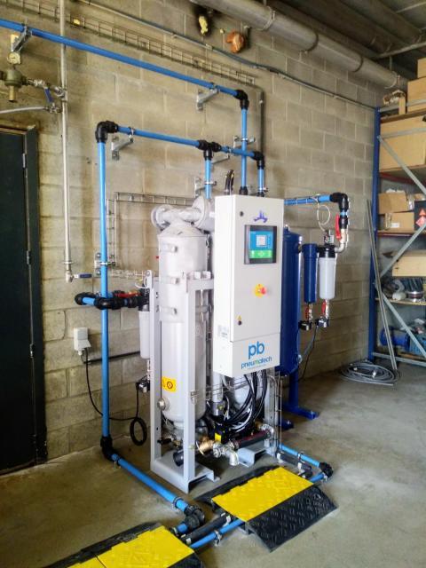 Pneumatech PB Warm regenrated adsorption dryer